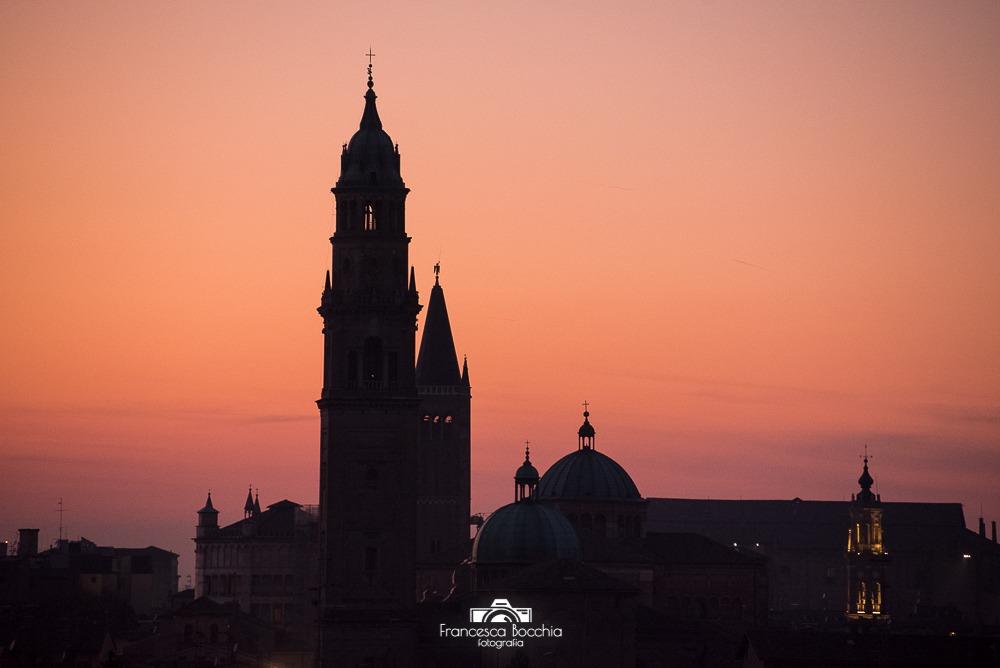 tramonto_edifici_parma