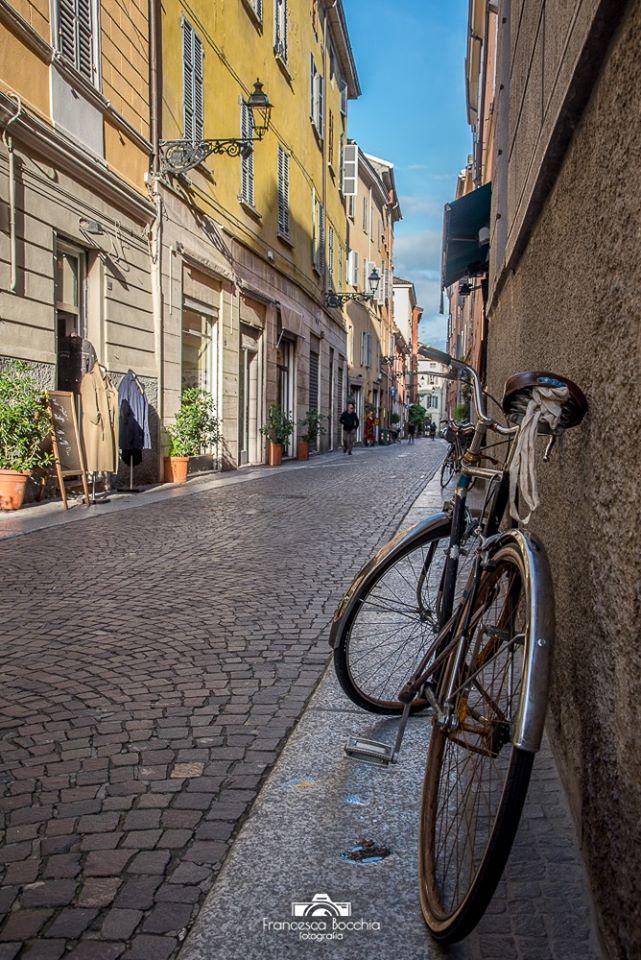 Parma Bicicletta Centrostorico Cieloazzurro